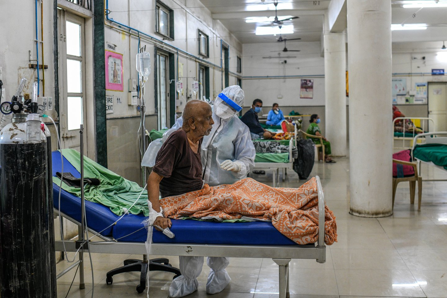 A Nurse take care of Covid19 patient at the ICU facility in Aundh district hospital in Pune. (Photo By Atul Loke For Time)